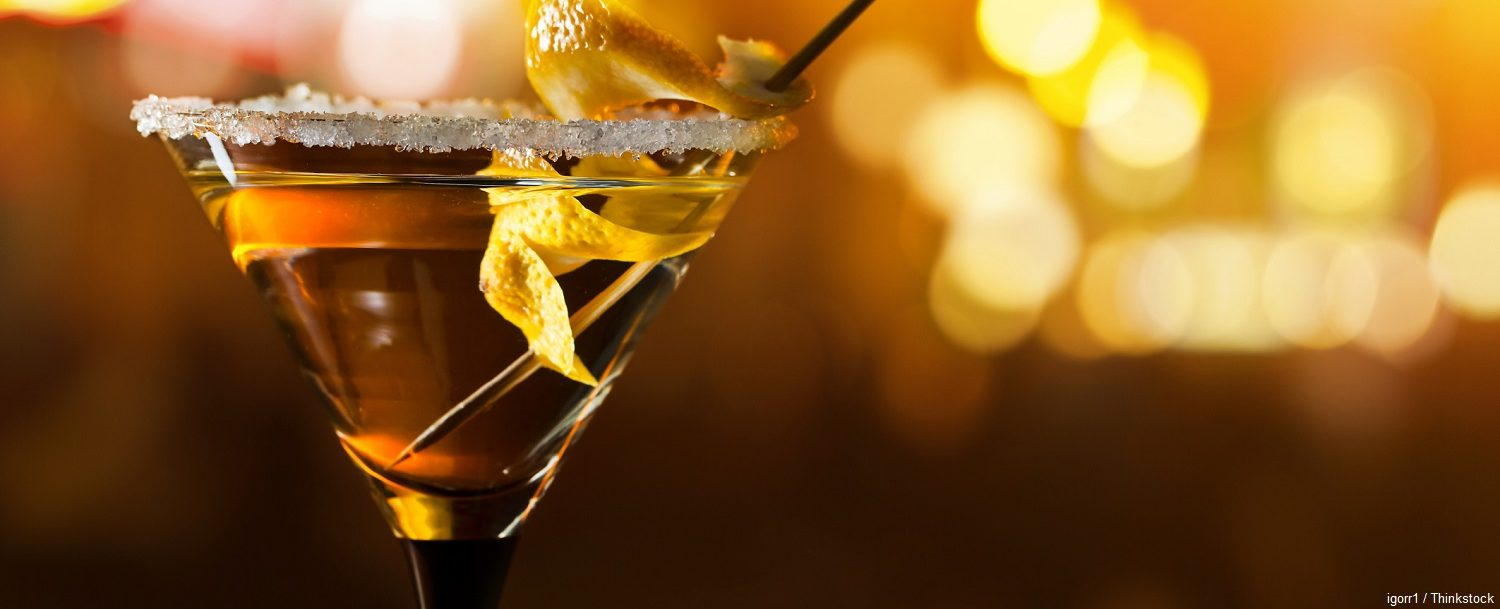 Taste some of the most delicious cocktails when you follow this cocktail map of Charleston!