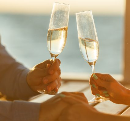 Have the trip of a lifetime when you honeymoon in Charleston!